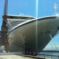 Photo taken at Porto do Rio de Janeiro by Rogerio F. on 2/18/2012