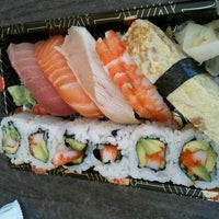 Photo taken at Sushi 930 by Dickson L. on 7/13/2012