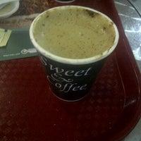 Foto tomada en Sweet & Coffee por MaFyTa el 6/11/2012