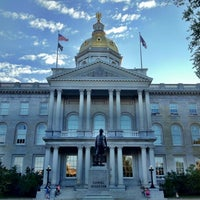 Foto tirada no(a) New Hampshire State House por Sven em 8/20/2012