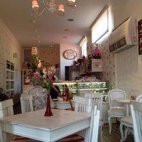 Photo taken at Café des Fleurs by Agostinho L. on 4/3/2012