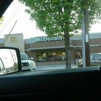 Photo taken at McDonald's by 《《Lamont》》 on 4/25/2012