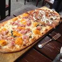 Photo taken at Numero 28 – Pizzeria Napoletana by @HungryEditor B. on 4/18/2012