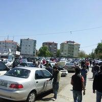 Foto diambil di Altunizade Oto Pazarı oleh Hüseyin A. pada 4/29/2012