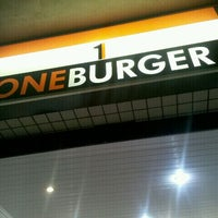 Photo taken at One Burger by Ricardo B. on 5/22/2012
