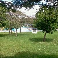 Photo taken at Cctab - Clube do Cabos e Taifeiros da Aeronáutica de Brasília by Thiago G. on 3/31/2012