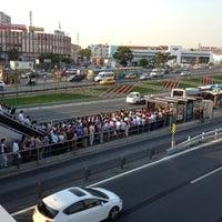 8/14/2012 tarihinde Soner Bilal K.ziyaretçi tarafından Cevizlibağ Metrobüs Durağı'de çekilen fotoğraf