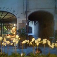 Foto diambil di Caffè Ristretto oleh Eleonora B. pada 6/20/2012