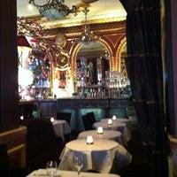 Foto tirada no(a) Grand Café des Négociants por Jörg S. em 7/14/2012