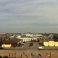 Photo taken at Four Points by Sheraton Calgary Airport by Júlio A. on 8/21/2012