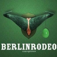 Das Foto wurde bei BERLINRODEO interior concepts GmbH von Elliot v. am 4/6/2012 aufgenommen