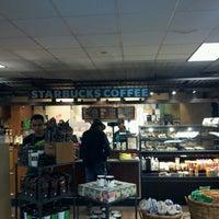 Photo taken at Starbucks by Renan I. on 9/9/2012