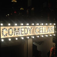 Foto tirada no(a) Comedy Cellar por fumie em 4/17/2012