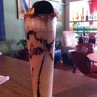 Foto tomada en Café Canela por Ruaj H. el 6/16/2012