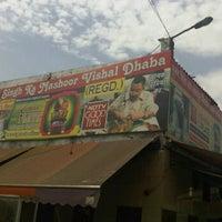 Photo taken at Puran Singh Da Dhaba | पूरन सिंह दा ढाबा by Ninad S. on 6/22/2012