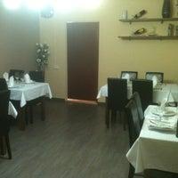 Photo taken at Restaurante Pérez by Ruben C. on 5/23/2012