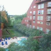 Photo taken at Dallas/Fort Worth Marriott Solana by Kenyatta V. on 5/11/2012