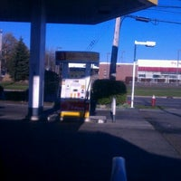 Photo taken at Shell by Dwayne A. on 4/5/2012