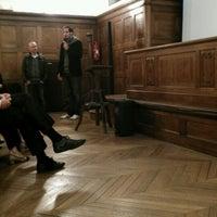 Foto tirada no(a) Institut de Paléontologie Humaine por Pierre-Alain D. em 4/12/2012