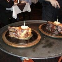 Foto scattata a Perry's Steakhouse da ❄Jose❄ G. il 3/2/2012