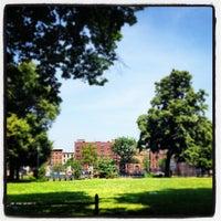 Foto tirada no(a) Herbert Von King Park por Hassan E. em 6/20/2012