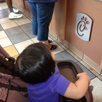 Foto diambil di Chick-fil-A Greenbrier Mall (VA) oleh Mary Ruth Nale T. pada 6/16/2012