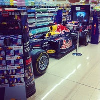Photo taken at Maxi Simply by Riccardo G. on 8/31/2012