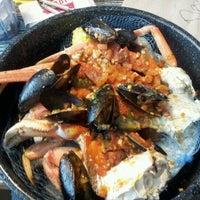 Photo taken at Joe's Crab Shack by Jasmine Q. on 3/28/2012