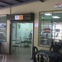 Photo taken at Soda de Odontología by Tavo Bermúdez on 7/27/2012