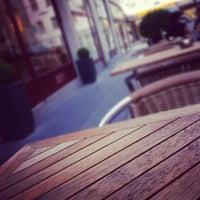 Das Foto wurde bei Cafe Engländer von Robert-P. P. am 5/24/2012 aufgenommen