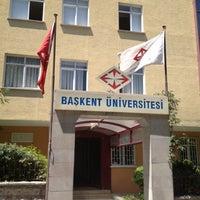 Photo taken at Başkent Üniversitesi Tıp Fakültesi Dekanlığı (Derslikler) by nuh p. on 6/19/2012