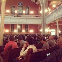 Foto tirada no(a) Sixth & I Historic Synagogue por Frank G. em 5/2/2012