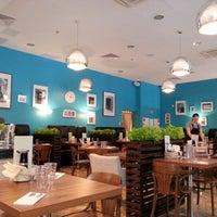 Photo taken at Кафе-ресторан Банк «Санкт-Петербург» by Khmelnytsky on 8/29/2012
