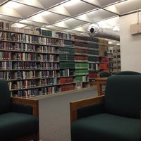 Photo prise au Howard-Tilton Memorial Library - Tulane University par Martin H. le2/13/2012