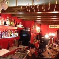 Das Foto wurde bei El Laurel von Adela N. am 7/14/2012 aufgenommen
