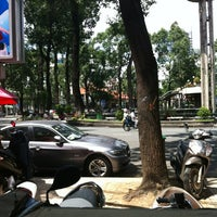 Photo taken at Cafe Nghe Thuat by Pipi on 7/1/2012