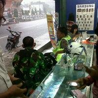 Foto tomada en Pro cell por hendri f. el 2/7/2012