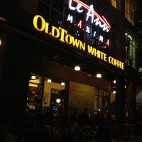 7/4/2012 tarihinde Aris T.ziyaretçi tarafından OldTown White Coffee'de çekilen fotoğraf