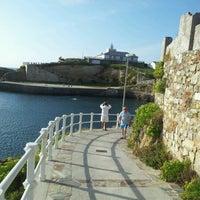 Photo taken at Faro de Tapia de Casariego by Turisteando N. on 8/7/2012