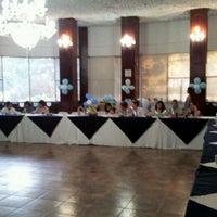 รูปภาพถ่ายที่ Hotel Ambassador โดย David L. เมื่อ 3/4/2012