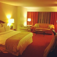 Photo taken at Teaneck Marriott at Glenpointe by Mayumi I. on 3/31/2012
