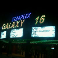 Photo prise au AMC Starplex Cinemas Galaxy 16 par Joe L. le2/5/2012