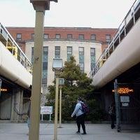 Das Foto wurde bei Beechurst PRT Station von Caleb R. am 2/2/2012 aufgenommen