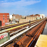 Photo taken at MTA Subway - Halsey St (J/Z) by L B. on 7/8/2012