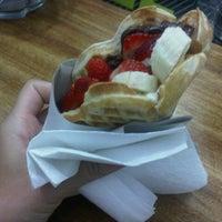 Foto tomada en Waffle Memet por Aysegul A. el 8/20/2012
