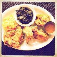 Das Foto wurde bei Paschal's Restaurant von brian s. am 9/7/2012 aufgenommen