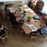 Foto tomada en Federal Café por Christopher W. el 7/13/2012