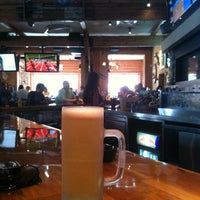 Das Foto wurde bei Twin Peaks Restaurant von Tex J. am 5/18/2012 aufgenommen