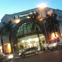 Foto tirada no(a) DiamondMall por Ismael C. em 3/9/2012