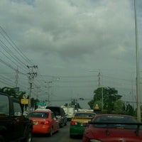 Photo taken at แยกศรีสมาน (Srisaman Intersection) by Notety S. on 7/7/2012